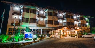 安格兹克莱斯酒店 - 格拉玛多 - 建筑