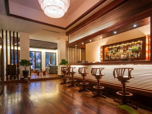 洛塔斯布兰科专属楼层酒店 - 暹粒 - 酒吧