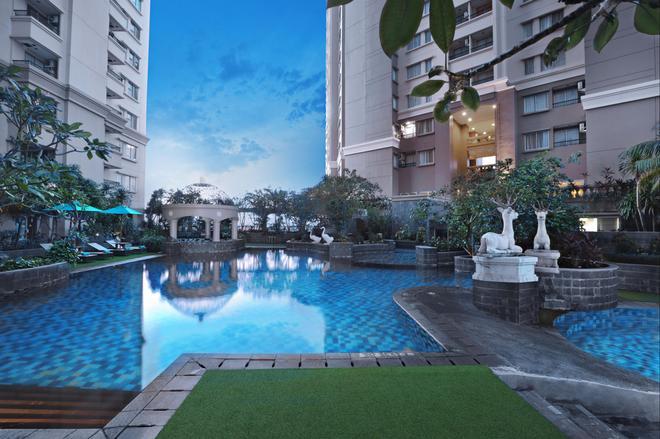 阿斯顿马丽娜安可儿酒店及公寓 - 北雅加达 - 游泳池