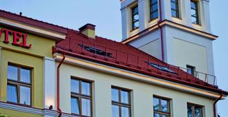 梅梅尔酒店 - 克莱佩达 - 建筑