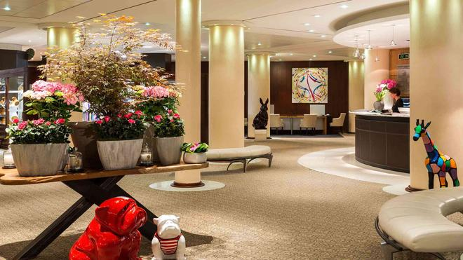 索菲特酒店-比亚里茨米拉玛尔海水浴和水疗 - 比亚里茨 - 大厅