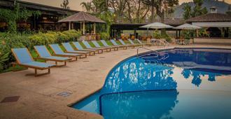 门安提瓜酒店 - 安地瓜 - 游泳池