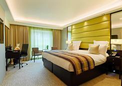 伦敦蒙特卡姆酒店 - 伦敦 - 睡房