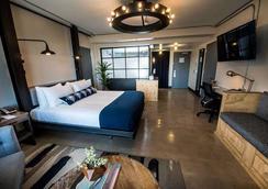 菲尼克斯芳德瑞酒店 - 凤凰城 - 睡房