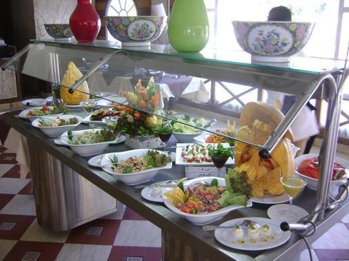 凯特拉特金字塔度假村 - 吉萨 - 自助餐