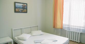 科姆索莫斯卡亚阿斯科特酒店 - 莫斯科 - 睡房