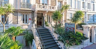 雷诺尔酒店 - 戛纳 - 建筑