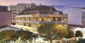 波尔发德酒店 - 萨卡罗 - 建筑