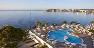 伯恩马尔公寓酒店 - 帕尔马诺瓦 - 游泳池