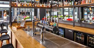 宜必思布里斯托尔中心酒店 - 布里斯托 - 酒吧