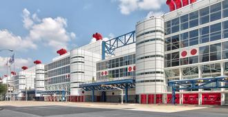 休斯顿市中心会展中心快捷假日酒店及套房 - 休斯顿 - 建筑