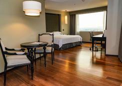 墨西哥城巴塞罗雷福玛酒店 - 墨西哥城 - 睡房