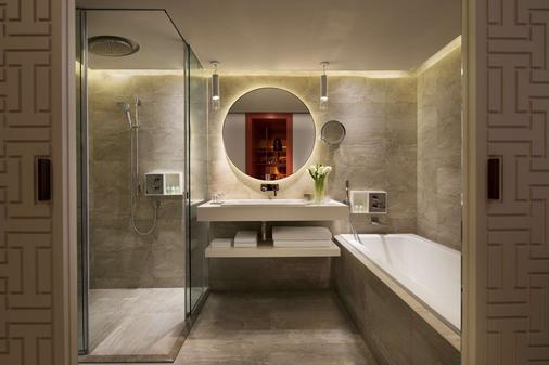 台北君悦酒店 - 台北 - 浴室