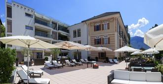 拉美瑞典娜湖 SPA 酒店 - 阿斯科纳 - 露台