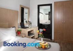 埃里奥酒店 - 雅典 - 睡房