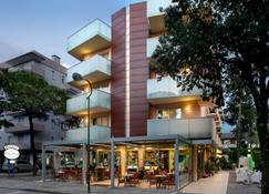 丹尼尔酒店 - 利尼亚诺萨比亚多罗 - 建筑