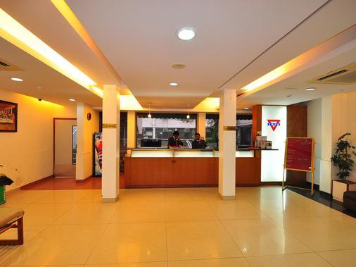 Ymca观光客旅馆 - 新德里 - 柜台