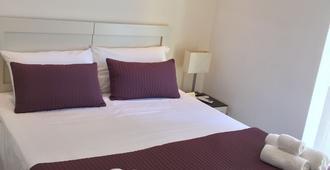 伽利略宫酒店 - 雷焦卡拉布里亚 - 睡房