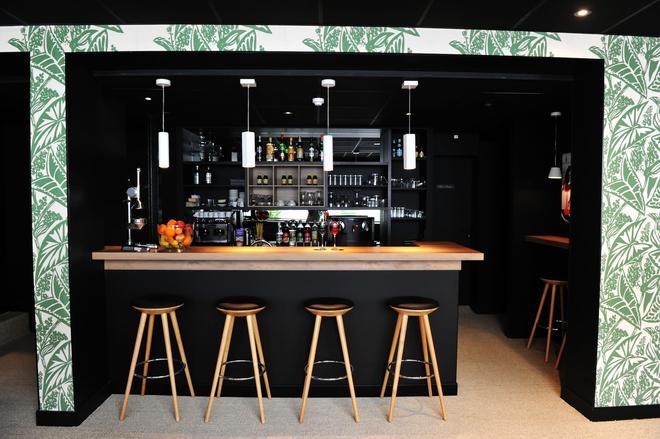 弗朗西斯涛特尔酒店 - 瓦纳 - 酒吧