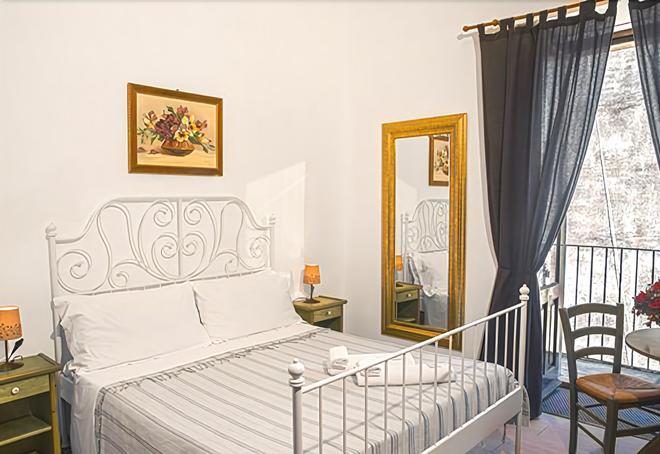 I 维斯普里酒店 - 卡塔尼亚 - 睡房