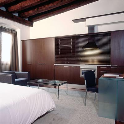 巴塞罗那美世波利亚酒店 - 巴塞罗那 - 睡房