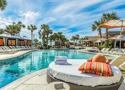 圣路易斯公寓式客房度假村 - 加尔维斯敦 - 游泳池