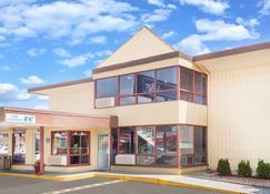 泰瑞豪特旅游旅馆 - 特雷霍特 - 建筑