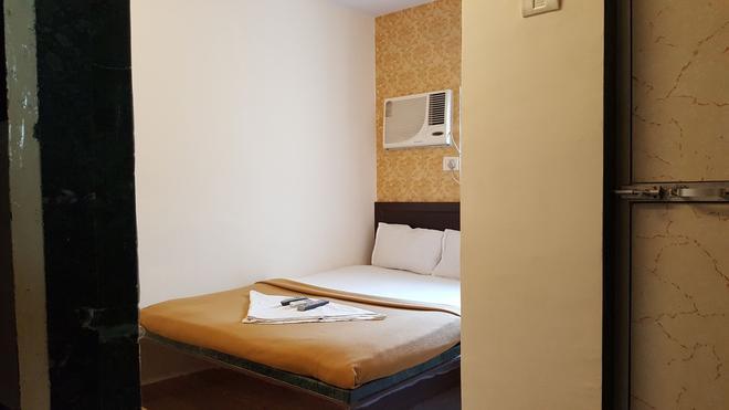 艾尔梅拉酒店 - 孟买 - 睡房