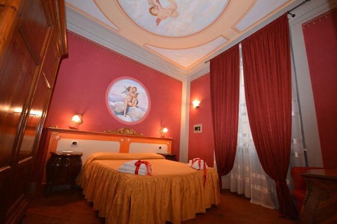 德尔加洛安缇卡住宅酒店 - 卢卡 - 睡房