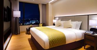美爵首尔龙山大使酒店 - 首尔 - 睡房
