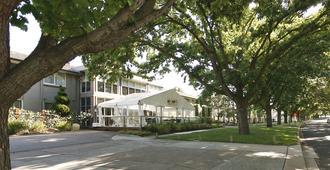 福雷斯特公寓酒店 - 堪培拉 - 建筑