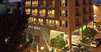 公园塔套房酒店 - 贝鲁特