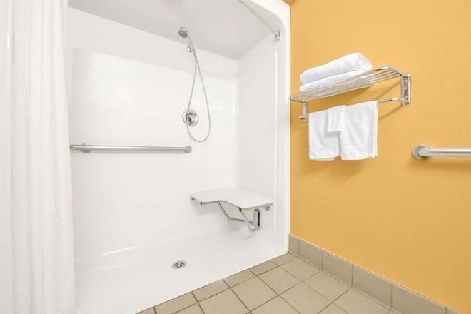温德汉姆阿马里洛套房酒店 - 阿马里洛 - 浴室
