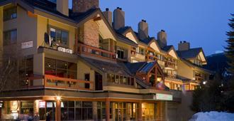 惠斯勒乡村旅馆和套房 - 惠斯勒 - 建筑