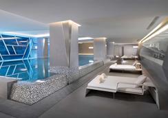 天津凯悦酒店 - 天津 - 游泳池