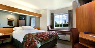 温德姆不来梅乡村套房酒店 - 博兹曼 - 睡房