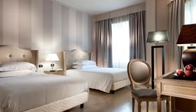 C-安巴夏特利酒店 - 佛罗伦萨 - 睡房