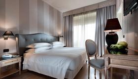 安巴夏特利C酒店 - 佛罗伦萨 - 睡房