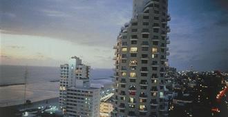 伊斯罗特尔塔尔酒店 - 特拉维夫 - 建筑