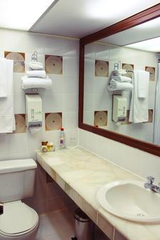 总统酒店 - 昆卡 - 浴室