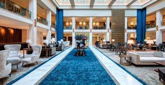 蒂沃利阿文尼达立波达德里斯波亚酒店 - 立鼎世酒店集团 - 里斯本 - 游泳池