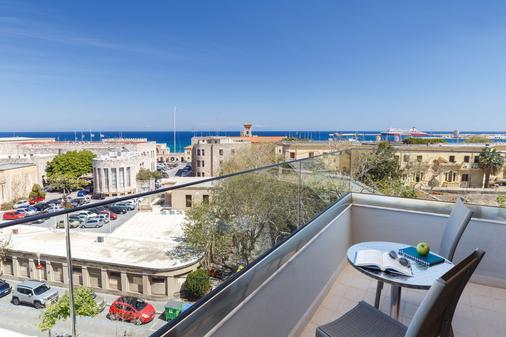 罗德斯贝斯特韦斯特广场酒店 - 罗德镇 - 阳台