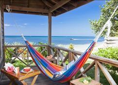 拉斯罗卡斯度假酒店及潜水中心 - 罗丹岛 - 阳台