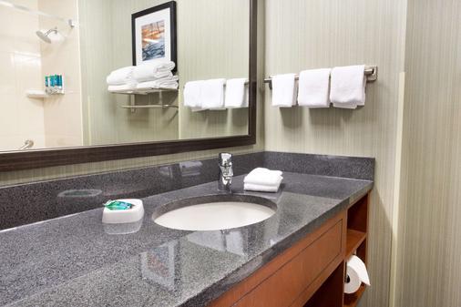 德鲁里大急流城套房酒店 - 大急流城 - 浴室