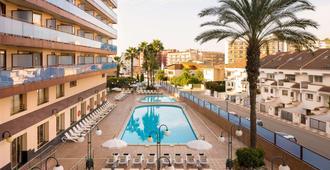 H 顶级卡莱利亚宫 SPA 酒店 - 卡里拉 - 游泳池