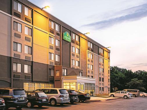 巴尔的摩北部/怀特马什拉金塔旅馆及套房 - 巴尔的摩 - 建筑