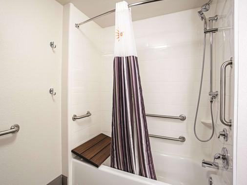 巴尔的摩北部/怀特马什拉金塔旅馆及套房 - 巴尔的摩 - 浴室