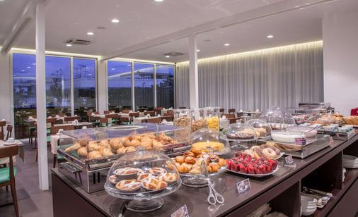 贝斯特韦斯特广场酒店那不勒斯 - 那不勒斯 - 自助餐