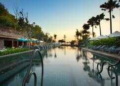 巴厘岛赛米亚克海滩英迪格酒店 - 登巴萨 - 户外景观