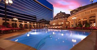 胡椒磨坊水療中心賭場度假酒店 - 里诺 - 游泳池